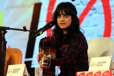 Jasleen Royal driving to Ludhiana with pet, seeks night shelter in Udaipur