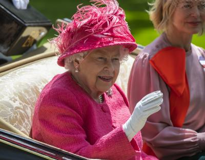 Aus court allows release of Queen Elizabeth II's letters
