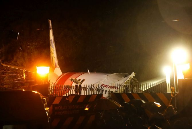 Kozhikode crash: Plane touched down 1,000 m away from runway, says AAI